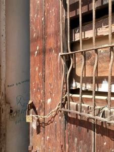 Door.DR